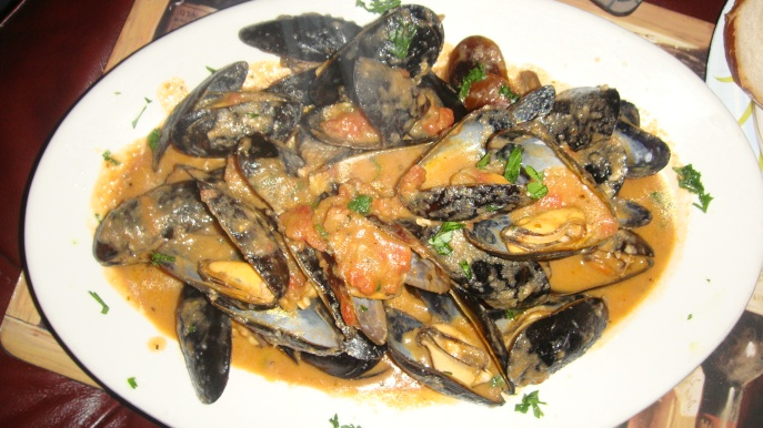 Garlic Mussels Tomato Cream White Wine Herbs